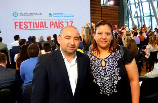 El intendente Pablo Mirolo acompañado por la diputada Mariana Morales, durante la presentación de Festival País ´17.